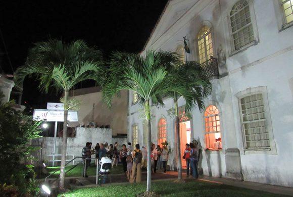 Exposição de arte reverte renda para o Martagão Gesteira